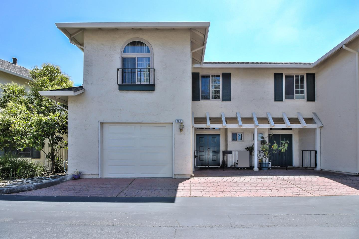 Detail Gallery Image 1 of 1 For 5212 Meridian Ave, San Jose,  CA 95118 - 3 Beds   2/1 Baths