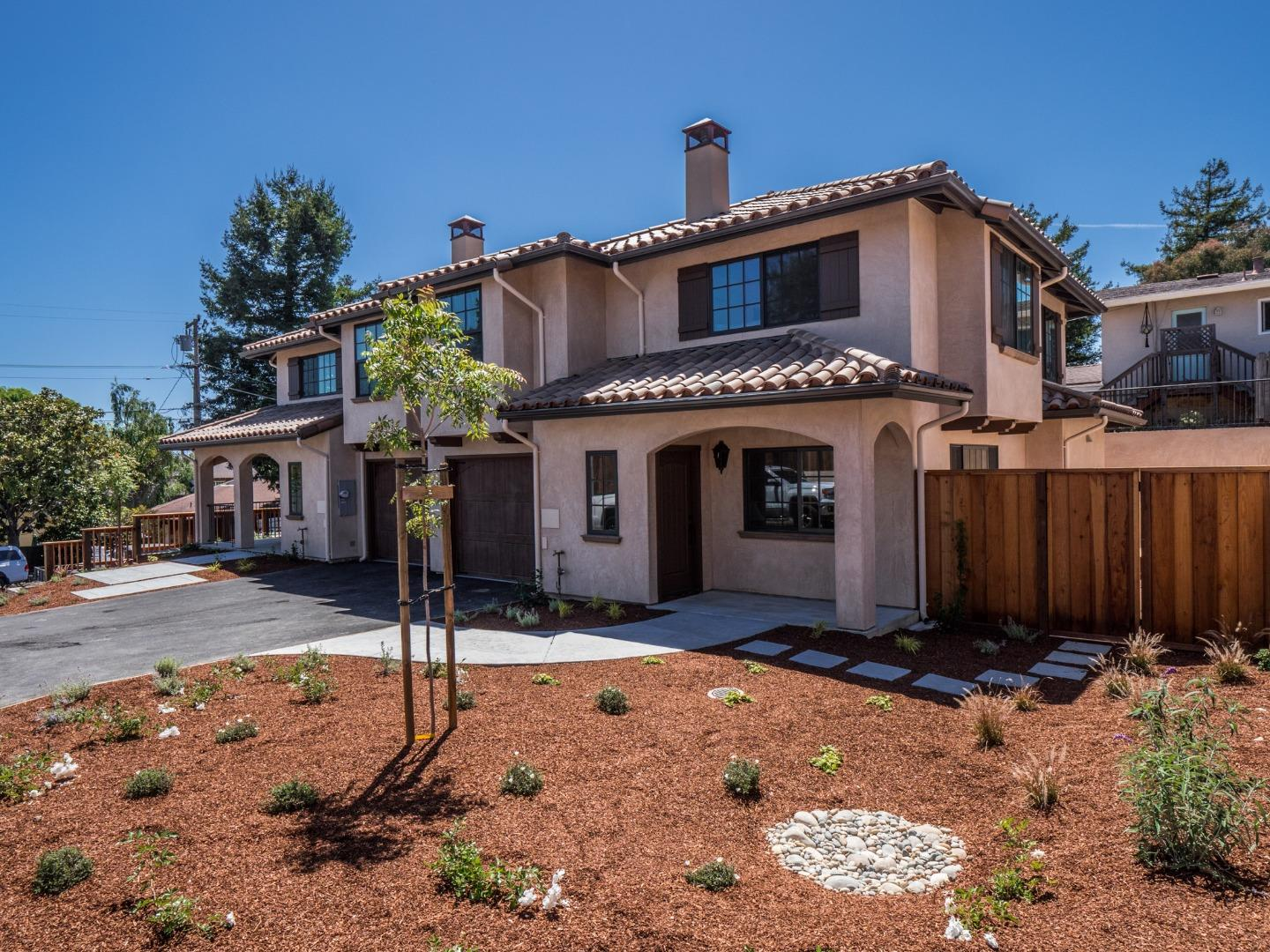Detail Gallery Image 1 of 1 For 504 A Pine St, Capitola, CA, 95010 - 3 Beds | 2/1 Baths