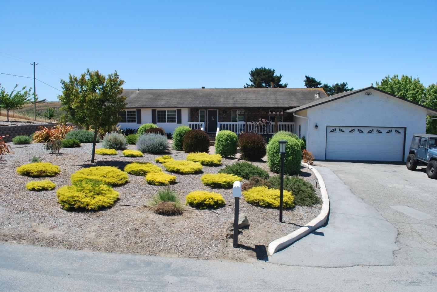 Detail Gallery Image 1 of 1 For 14236 Shaffi Ln, Castroville, CA, 95012 - 3 Beds | 2 Baths