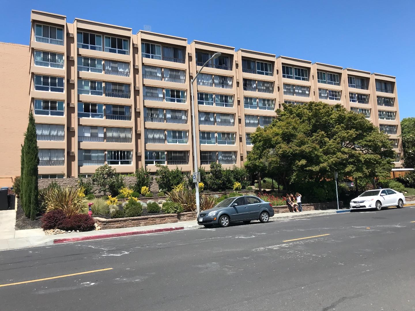 Detail Gallery Image 1 of 1 For 1700 Civic Center Dr #310, Santa Clara, CA, 95050 - 1 Beds | 1 Baths