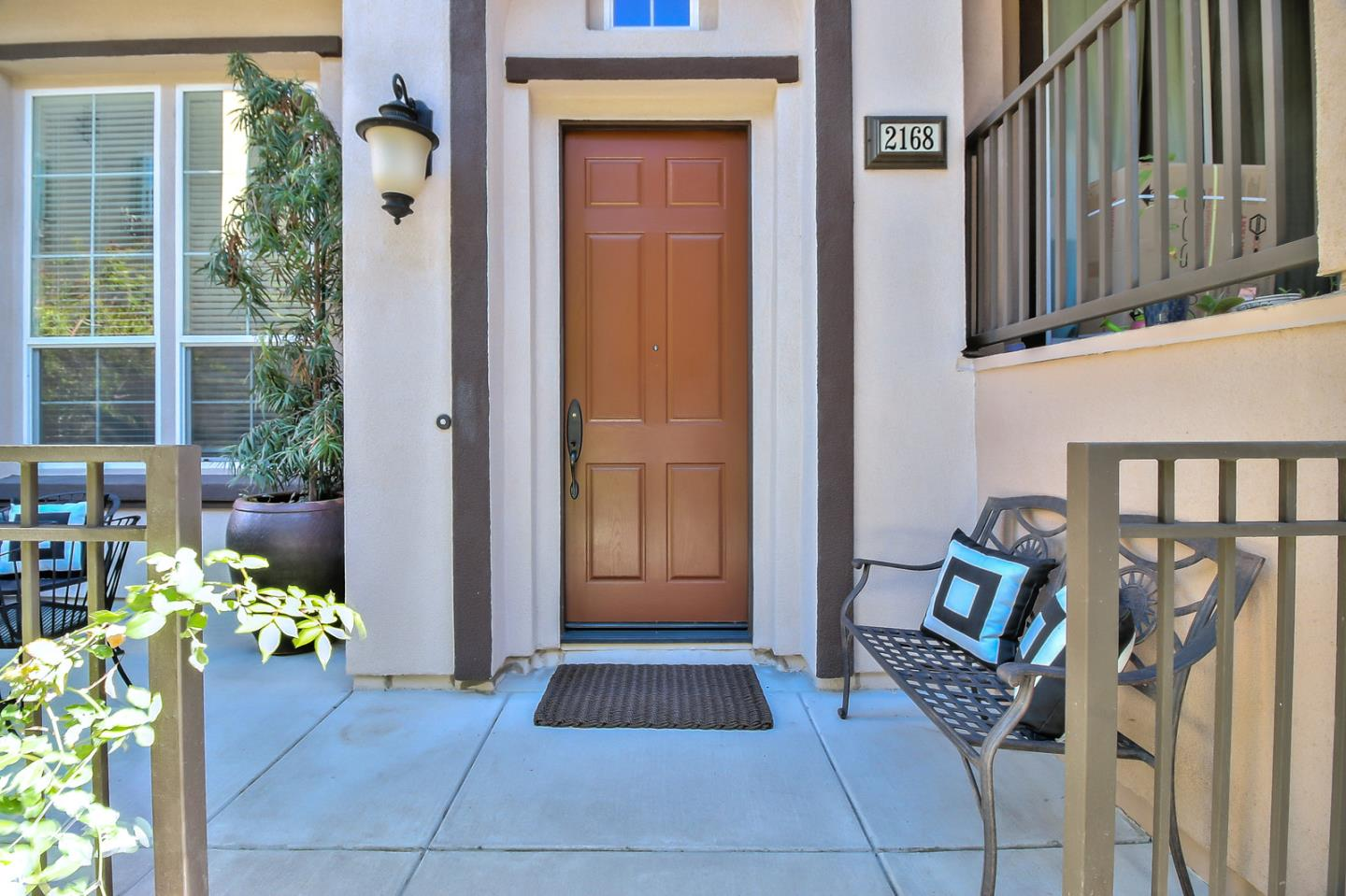 Detail Gallery Image 1 of 1 For 2168 Mendocino Ln, San Jose,  CA 95124 - 3 Beds | 2/1 Baths