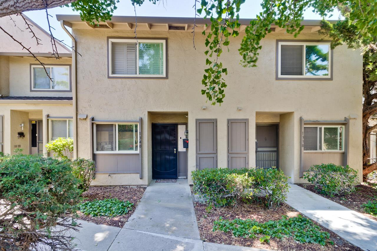 Detail Gallery Image 1 of 1 For 1340 Highland Ct, Milpitas, CA 95035 - 3 Beds | 1/1 Baths