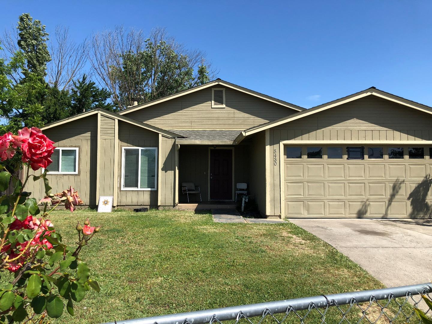 Detail Gallery Image 1 of 1 For 5430 Euler Way, Sacramento,  CA 95823 - 3 Beds | 2 Baths
