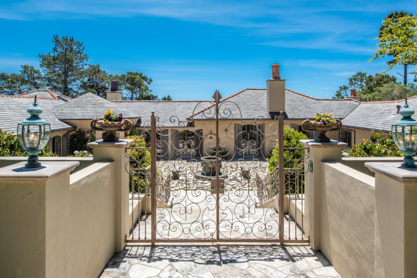 Detail Gallery Image 1 of 1 For 4042 Sunridge Rd, Pebble Beach, CA 93953 - 4 Beds | 3/2 Baths