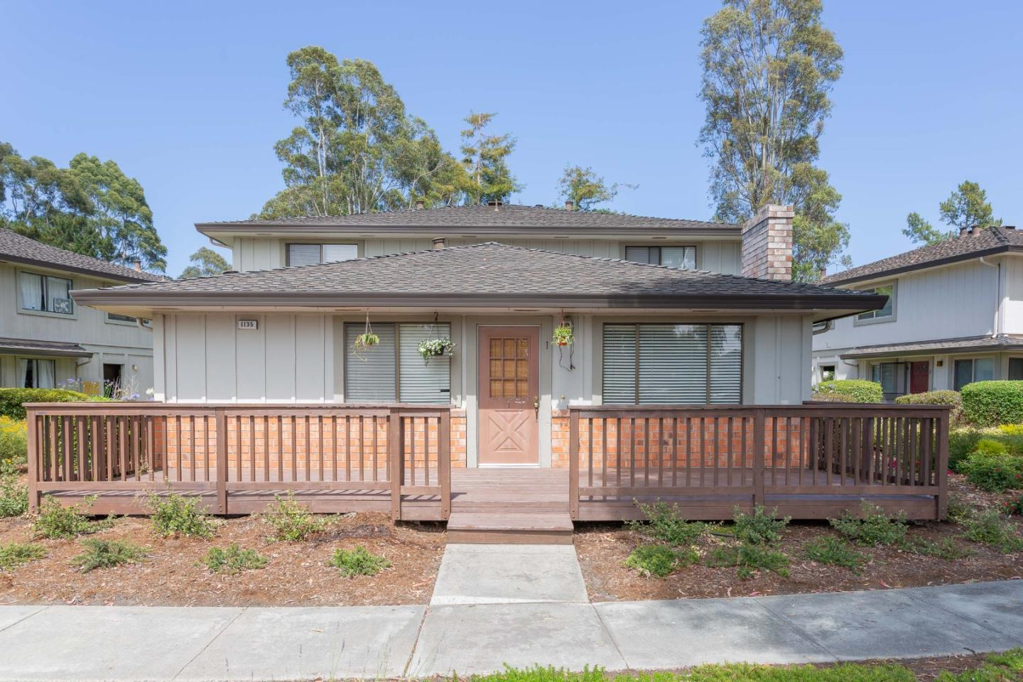 Detail Gallery Image 1 of 1 For 1135 Callas Ln #1, Capitola, CA, 95010 - 2 Beds | 1 Baths