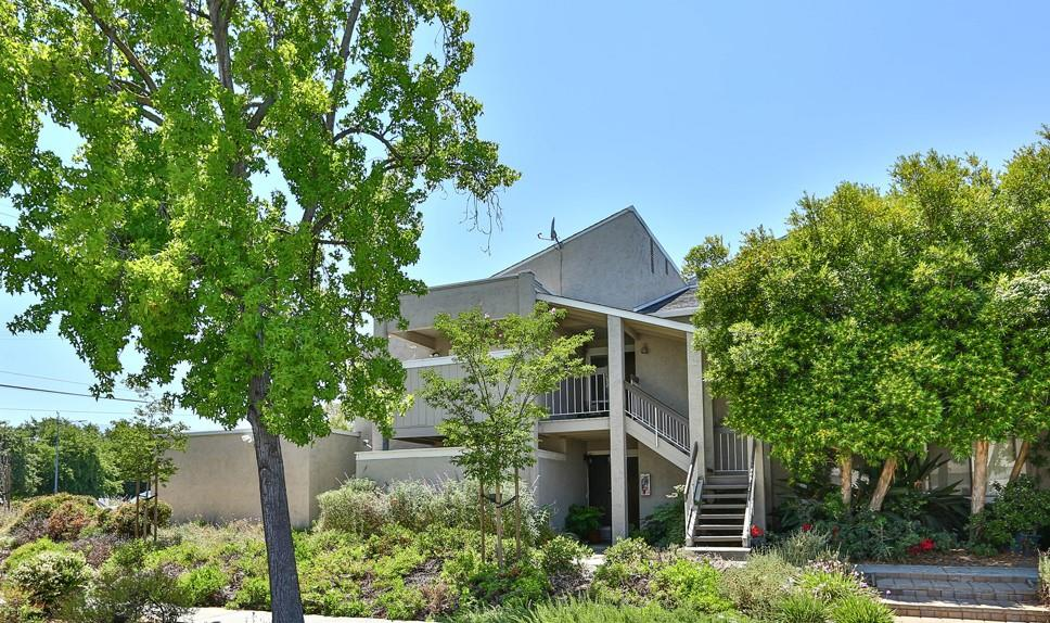 Detail Gallery Image 1 of 1 For 5565 Russo Dr, San Jose, CA 95118 - 2 Beds | 2 Baths