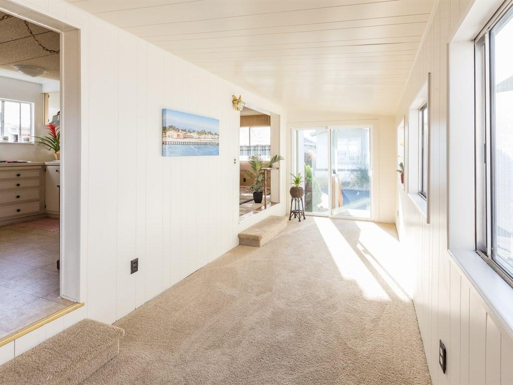 Detail Gallery Image 1 of 13 For 4425 Clares St 37, Capitola, CA 95010 - 2 Beds | 1 Baths