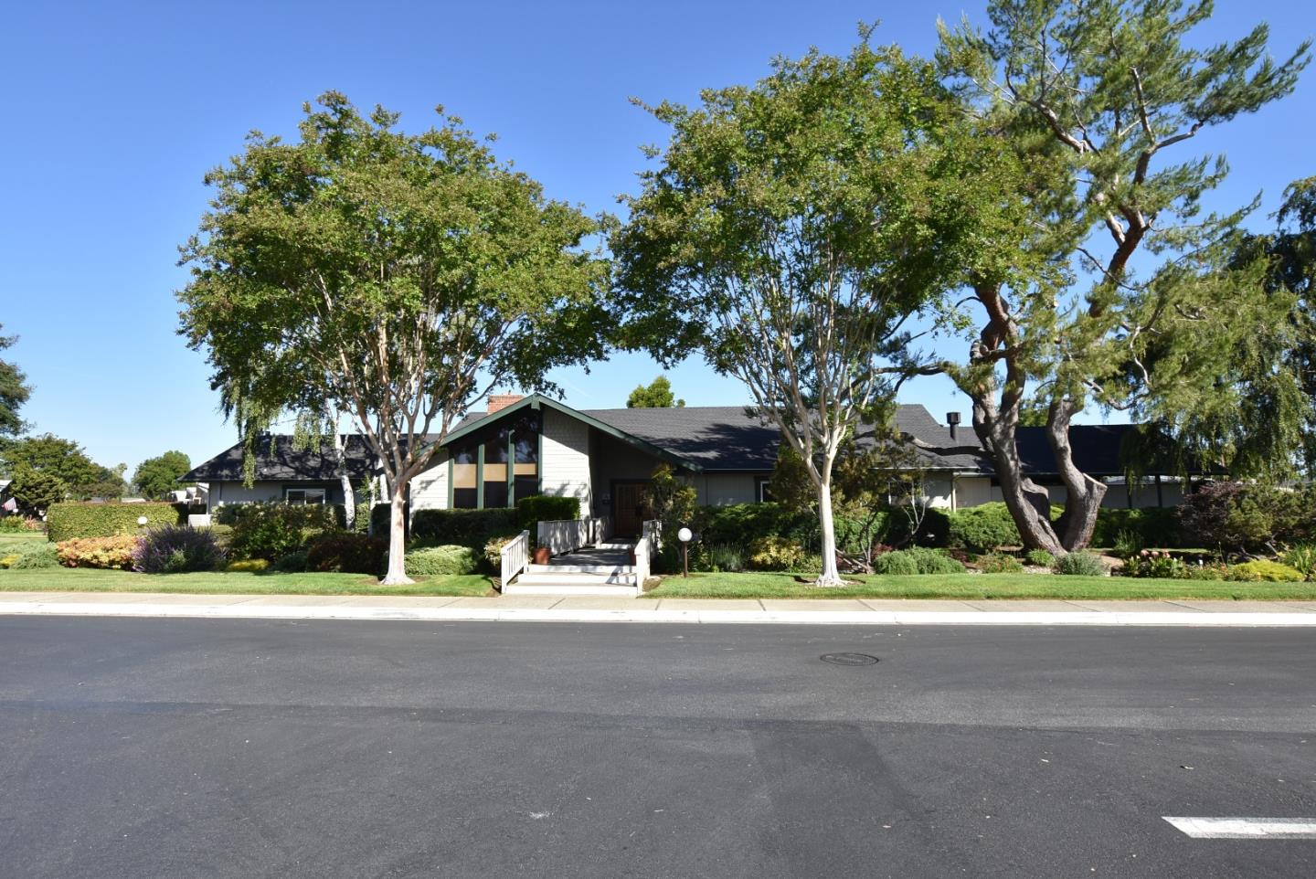 144E QUAIL HOLLOW Drive San Jose, CA 95128 - MLS #: ML81713543