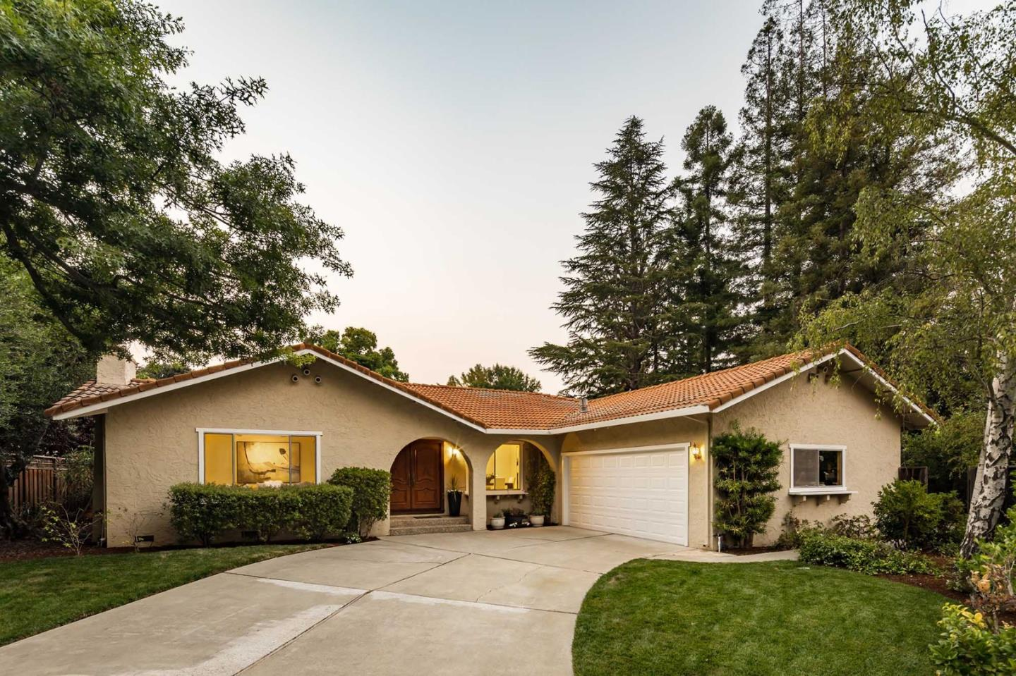 Detail Gallery Image 1 of 1 For 24147 Young Ct, Los Altos, CA 94024 - 4 Beds | 2/1 Baths