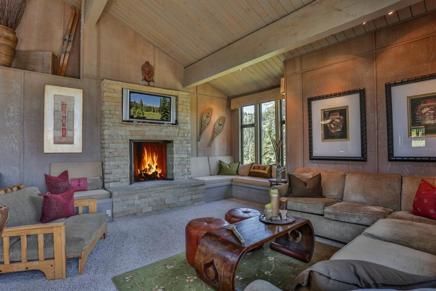 Detail Gallery Image 1 of 35 For 474 Snowshoe Rd, Bear Valley, CA, 95223 - 5 Beds | 4 Baths