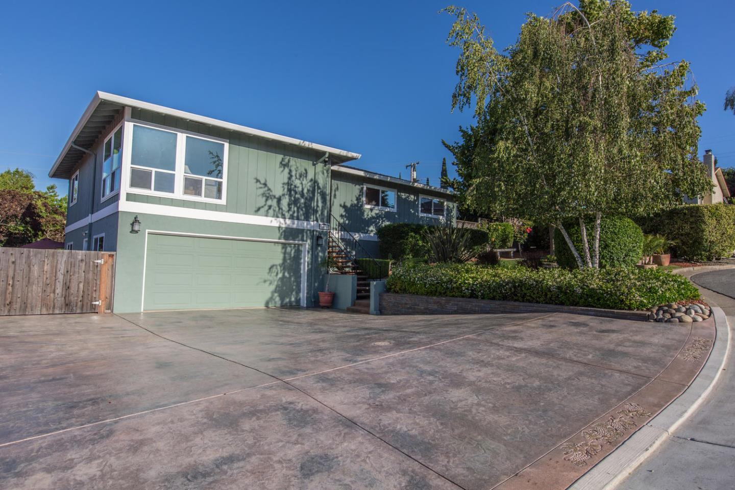 Detail Gallery Image 1 of 1 For 3670 Mace Ct, San Jose, CA 95127 - 3 Beds | 2/1 Baths