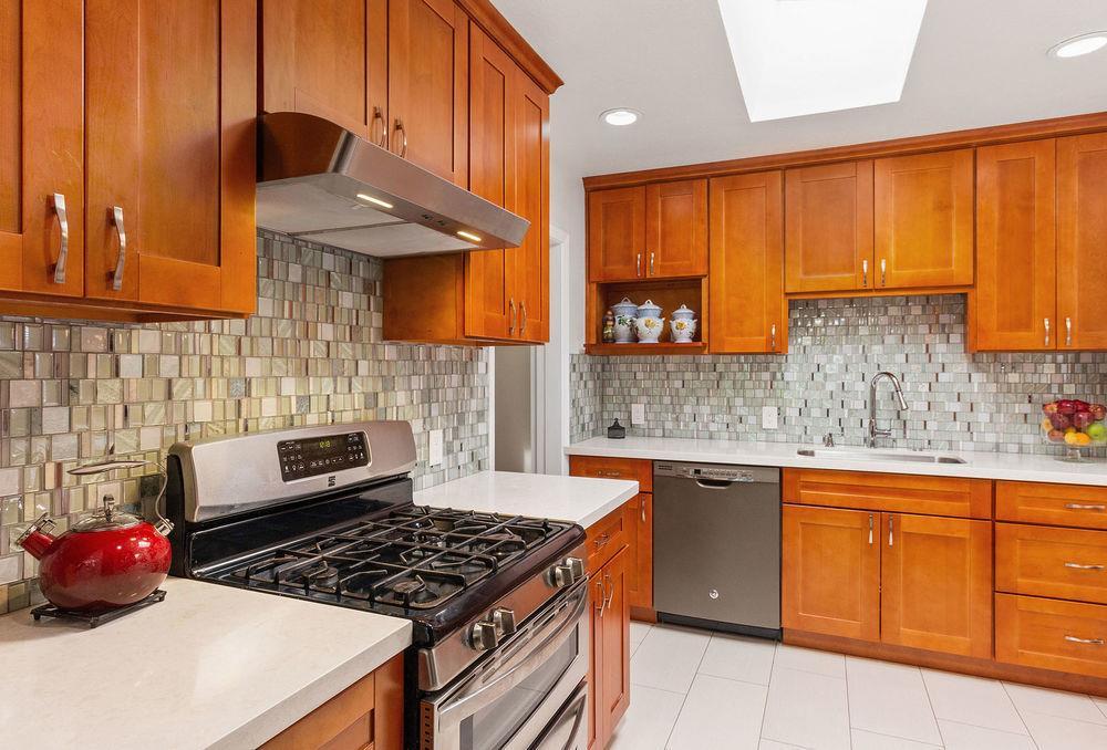 561 Madrone Avenue Sunnyvale, CA 94085 - MLS #: ML81715653