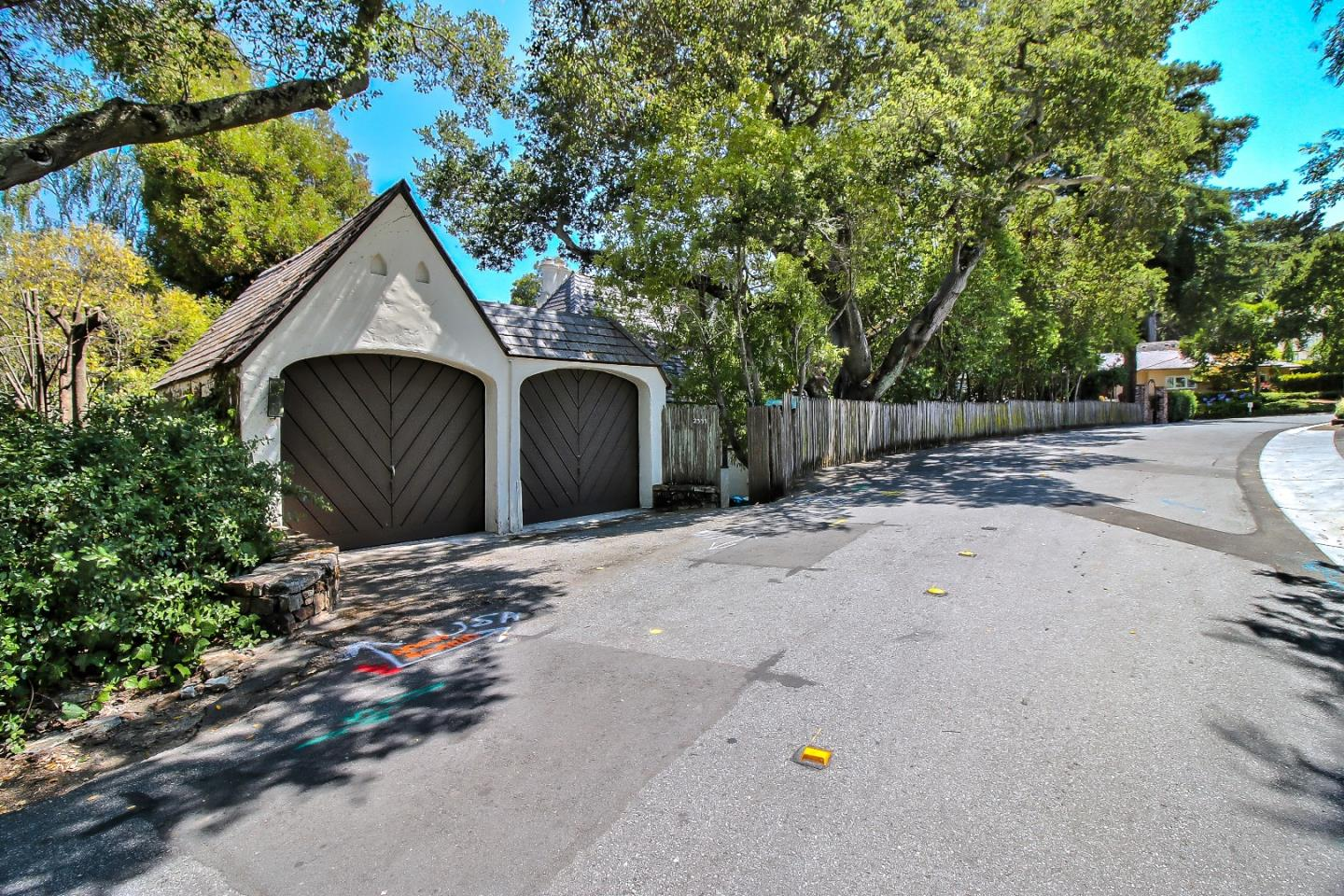 2335 Summit Drive Hillsborough, CA 94010 - MLS #: ML81716443