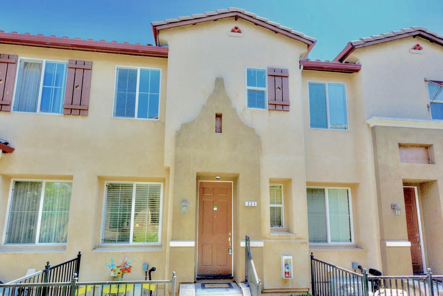Detail Gallery Image 1 of 1 For 221 Parc Place Dr, Milpitas, CA 95035 - 2 Beds | 2/1 Baths