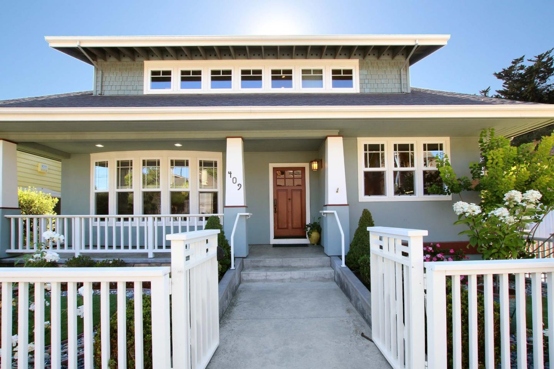 Detail Gallery Image 1 of 41 For 409 Mott Ave, Santa Cruz, CA 95062 - 3 Beds | 3 Baths