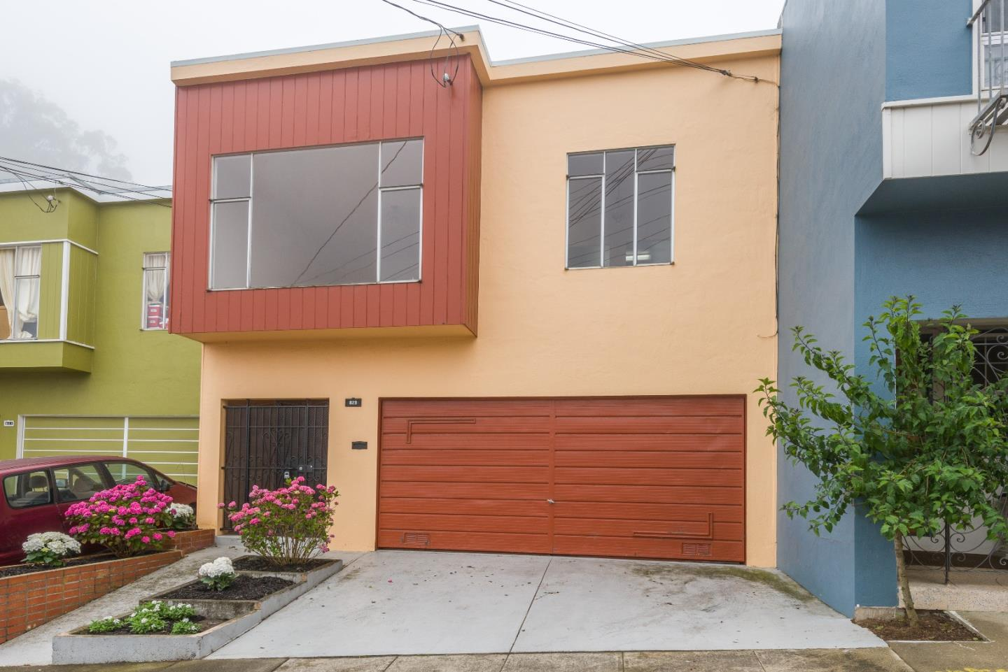Detail Gallery Image 1 of 1 For 829 Bellevue Ave, Daly City, CA 94014 - 3 Beds | 1/1 Baths