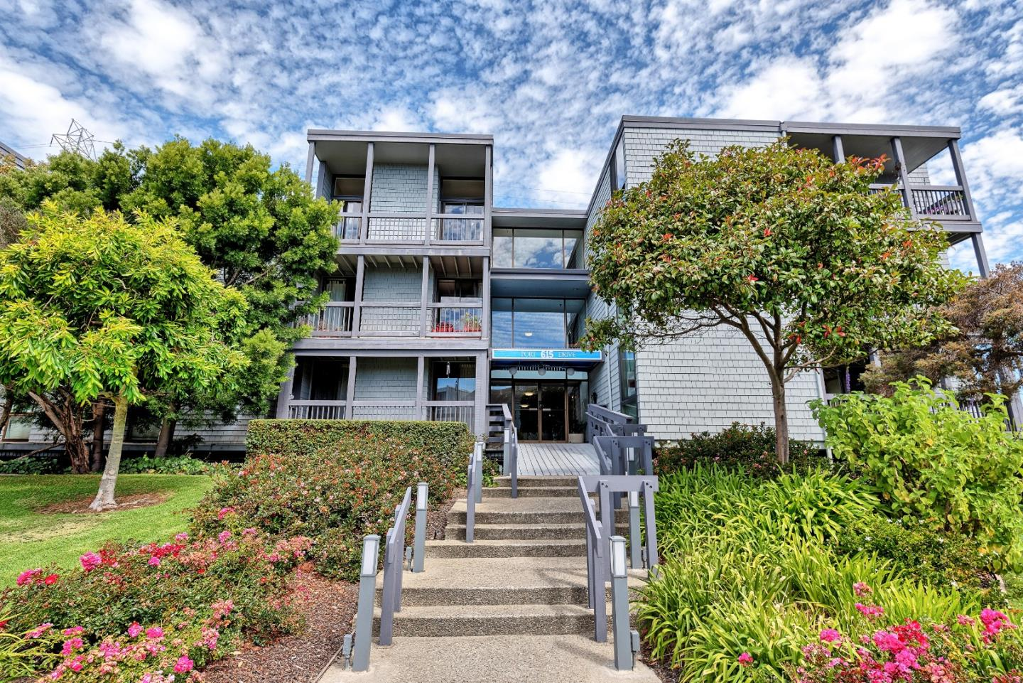 615 Port Drive Unit 101 San Mateo, CA 94404 - MLS #: ML81717616