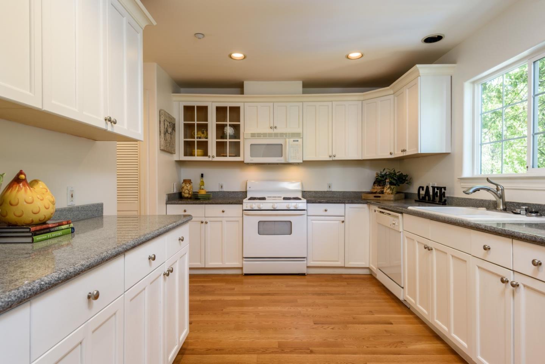 1263 Holly Street Unit B San Carlos, CA 94070 - MLS #: ML81718339