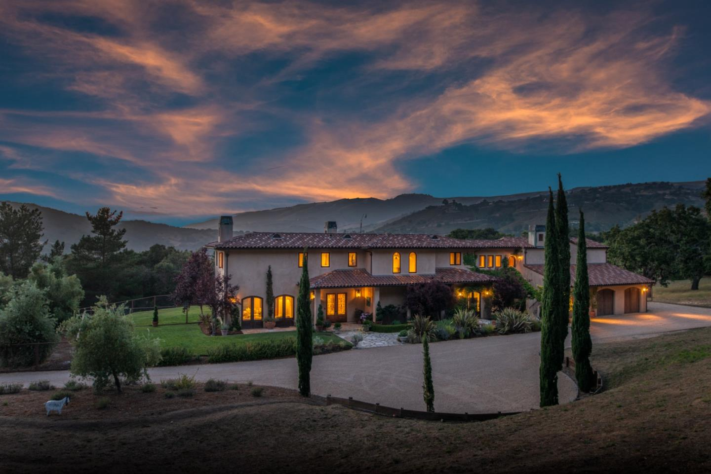 Detail Gallery Image 1 of 27 For 19 Sleepy Hollow Dr, Carmel Valley, CA, 93924 - 4 Beds   4/1 Baths