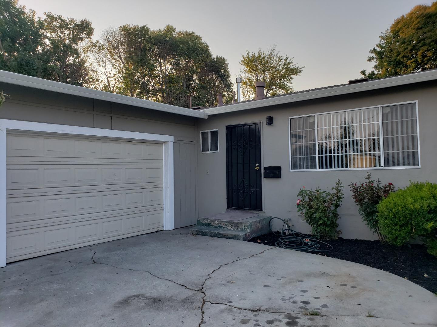 1155 No Sage Street East Palo Alto, CA 94303 - MLS #: ML81718645
