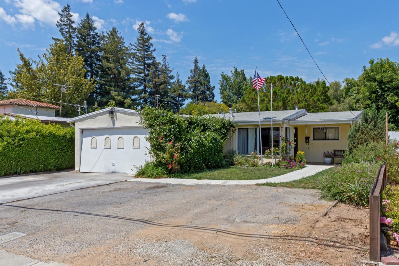 372 FARLEY ST, MOUNTAIN VIEW, CA 94043