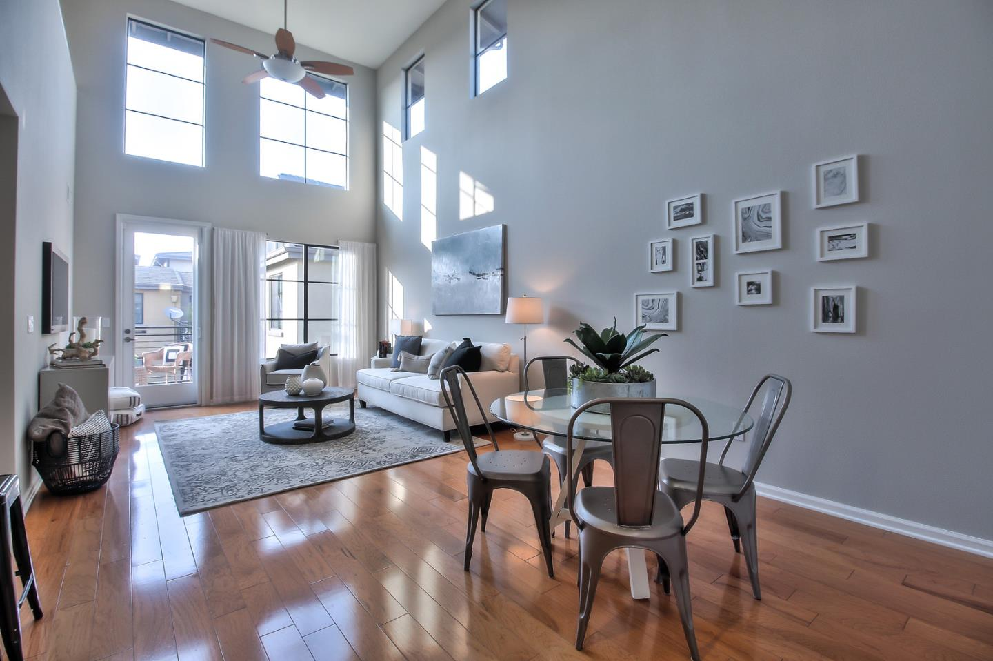 Detail Gallery Image 1 of 1 For 800 N 8th St #314,  San Jose,  CA 95112 - 3 Beds | 2 Baths