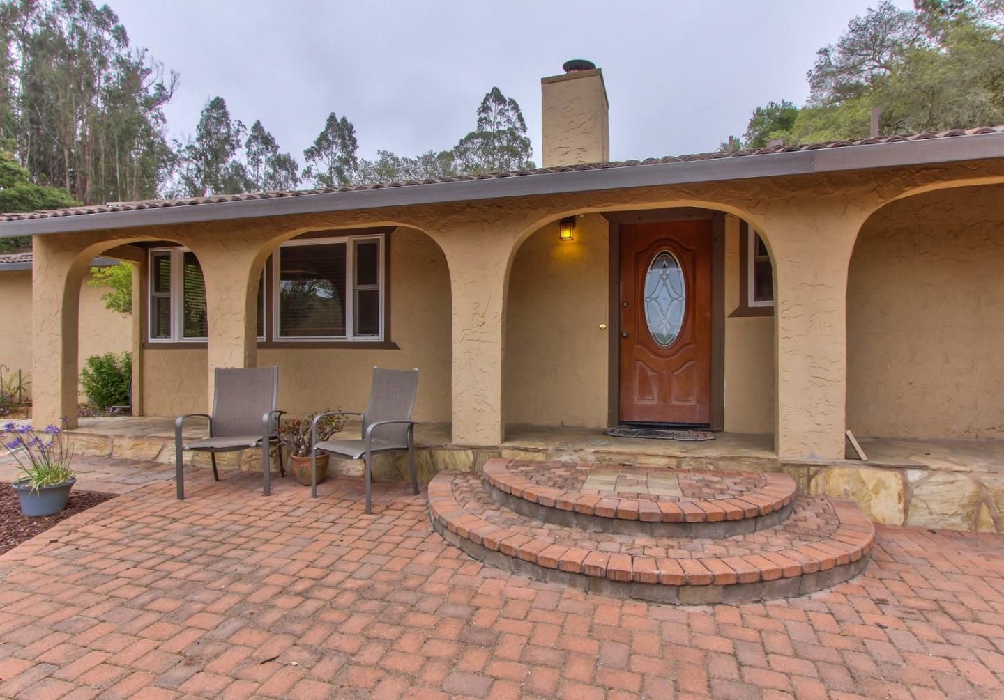 Detail Gallery Image 1 of 1 For 7045 Tustin Rd, Salinas,  CA 93907 - 3 Beds | 2 Baths