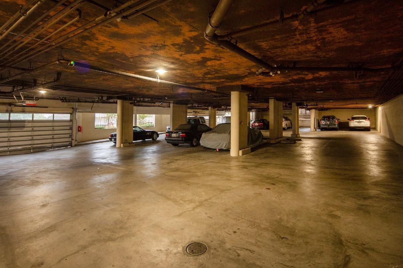 585 Hawthorne Street, #204, Monterey, CA 93940 | Better Homes and ...