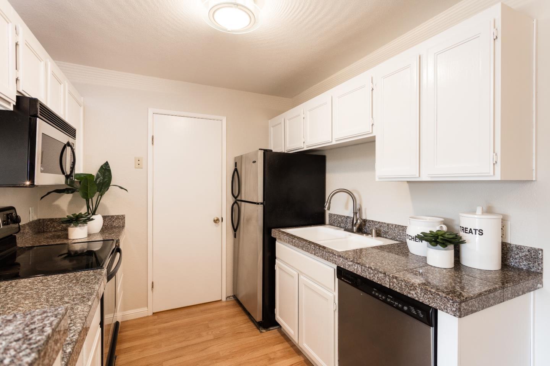 845 Woodside Way Unit 204 San Mateo, CA 94401 - MLS #: ML81719708
