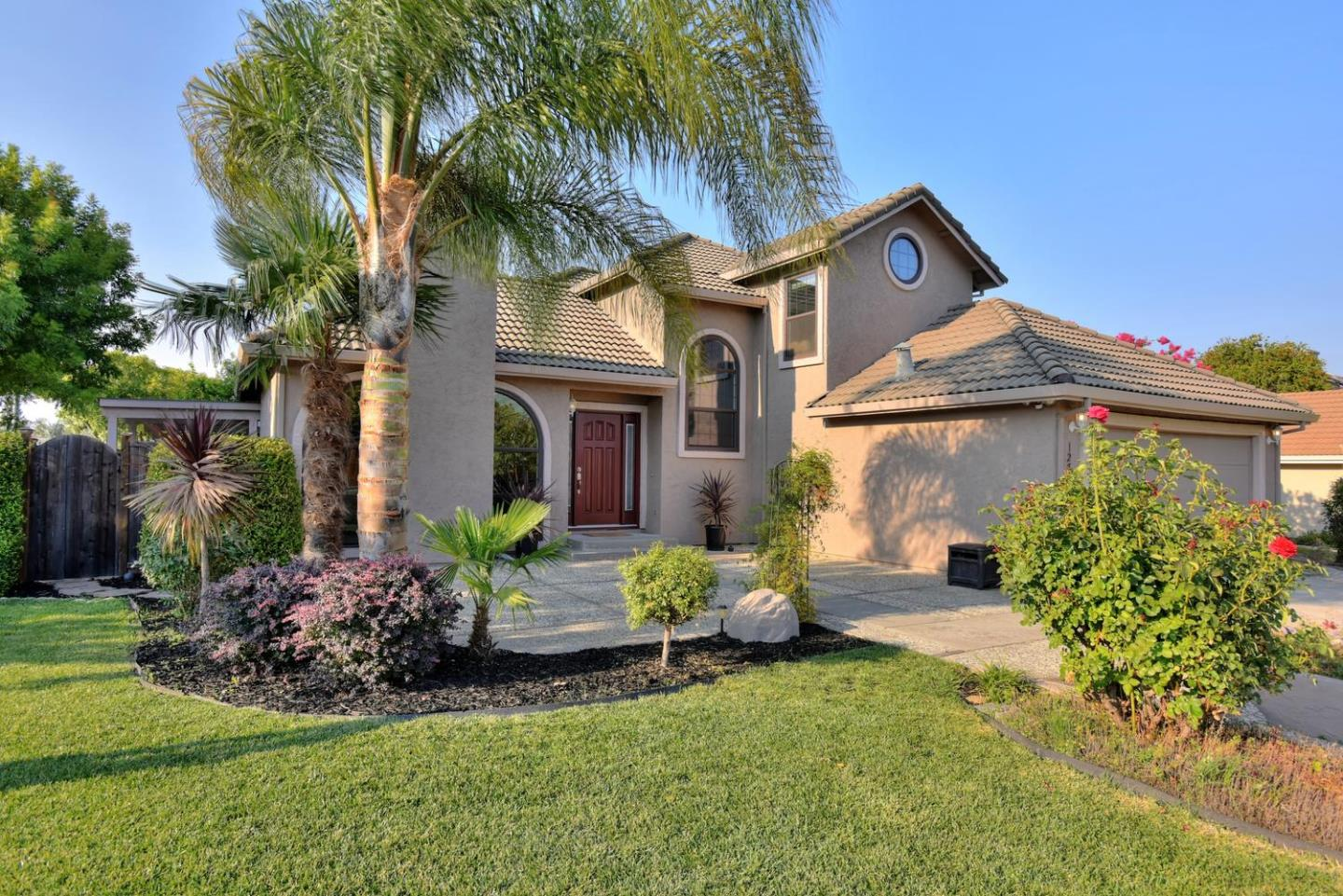 Detail Gallery Image 1 of 1 For 1271 Lerma Ln, Gilroy,  CA 95020 - 3 Beds   2/1 Baths