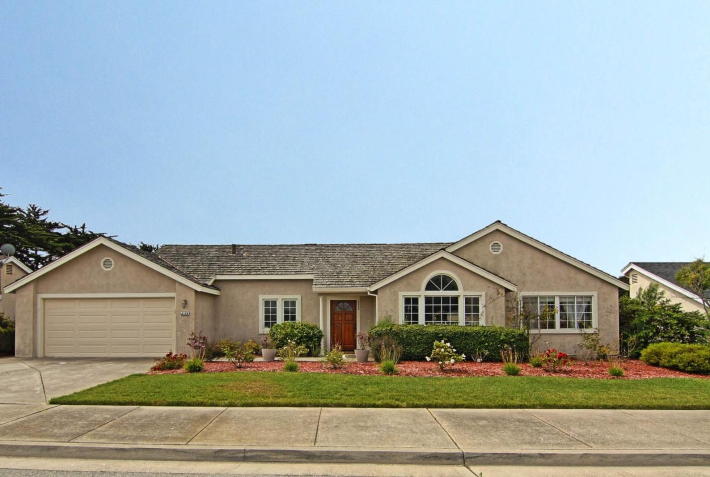 Detail Gallery Image 1 of 1 For 3339 Michael Dr, Marina,  CA 93933 - 3 Beds | 2 Baths