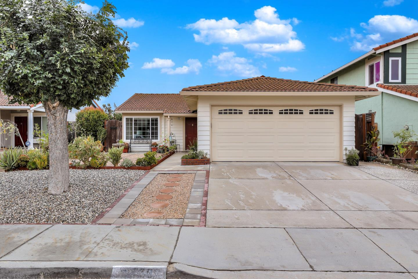 Detail Gallery Image 1 of 1 For 2758 Croft Dr, San Jose, CA 95148 - 3 Beds | 2 Baths