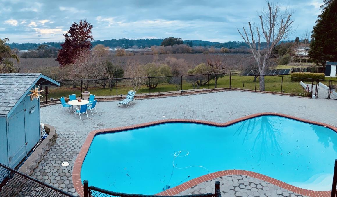 325 Orchard View Drive, Watsonville, CA 95076 $1,479,000 www ...