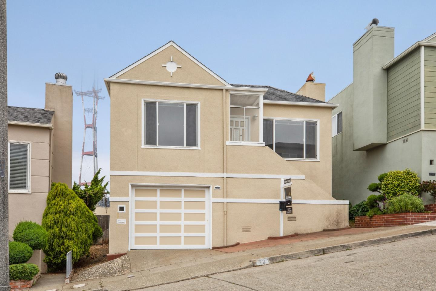 Detail Gallery Image 1 of 1 For 72 Longview Ct, San Francisco,  CA 94131 - 2 Beds | 1 Baths