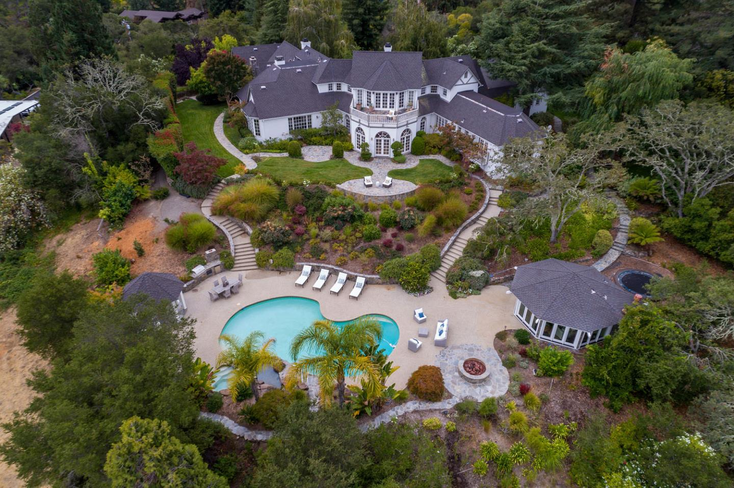 125 LAKEVIEW DR, WOODSIDE, CA 94062