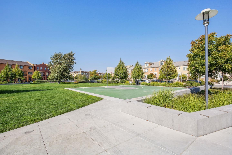 422 Burns Lane Unit L5 San Mateo, CA 94403 - MLS #: ML81721988