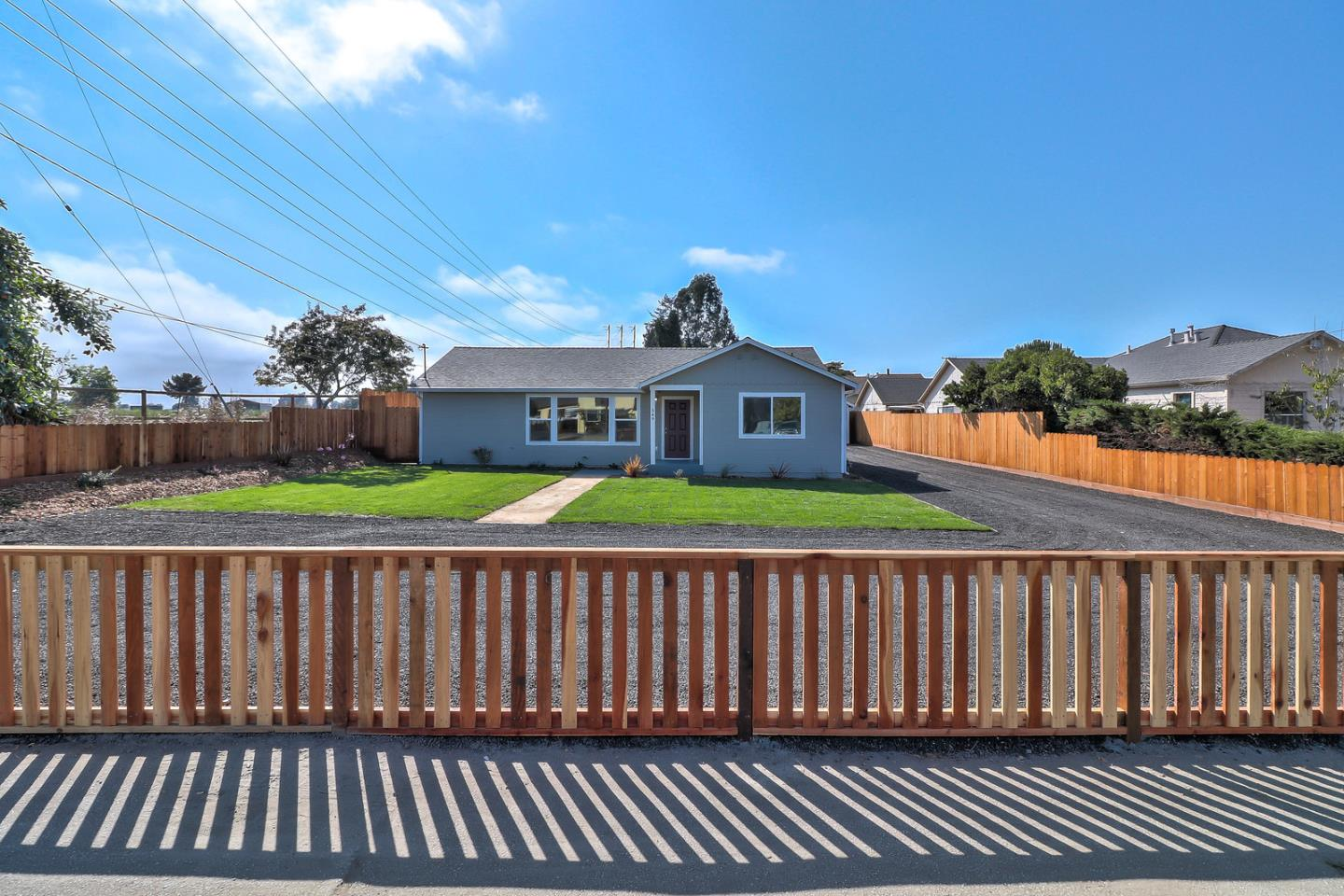 Detail Gallery Image 1 of 1 For 549 Green Valley Rd, Watsonville, CA, 95076 - 4 Beds | 2 Baths