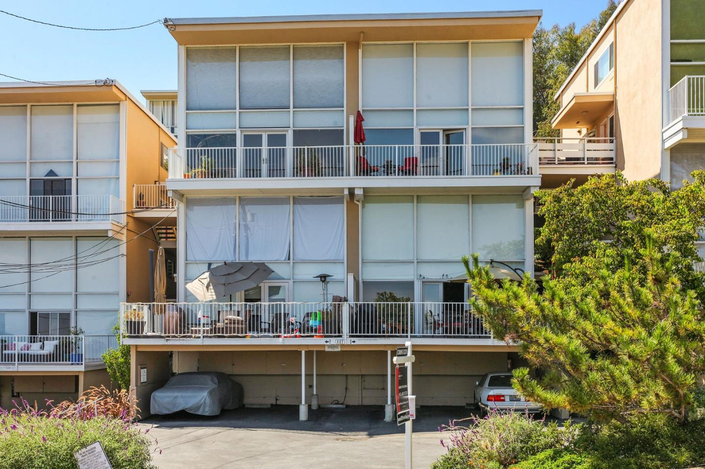 402 Portofino Drive Unit 4 San Carlos, CA 94070 - MLS #: ML81722043
