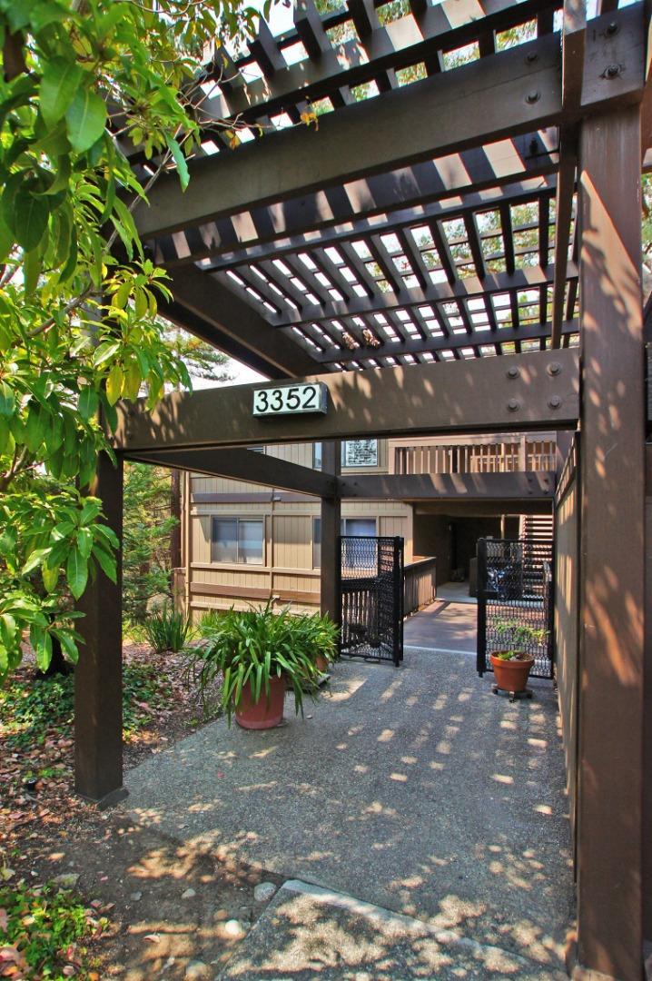 3352 La Mesa Drive Unit 18 San Carlos, CA 94070 - MLS #: ML81722188