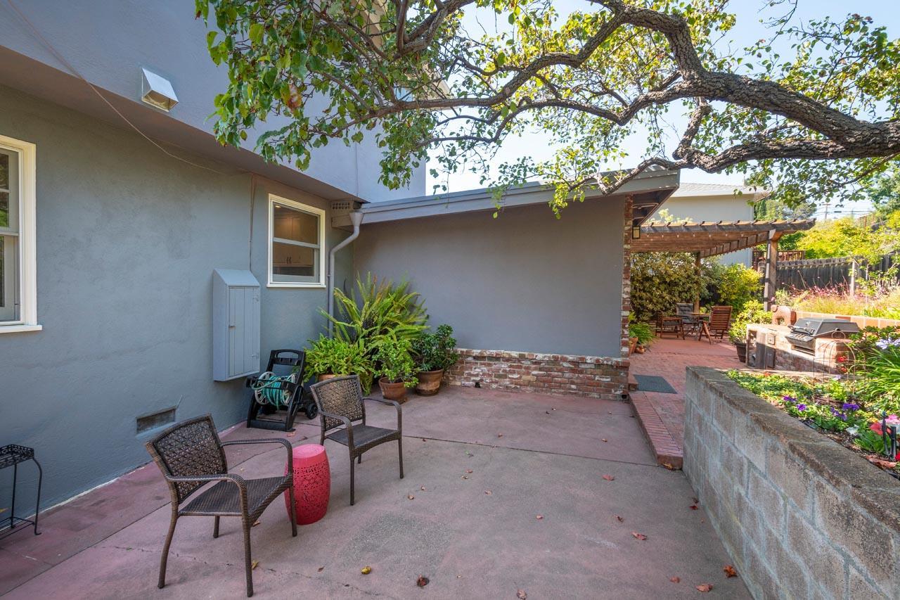 49 Cedar Street San Carlos, CA 94070 - MLS #: ML81722342