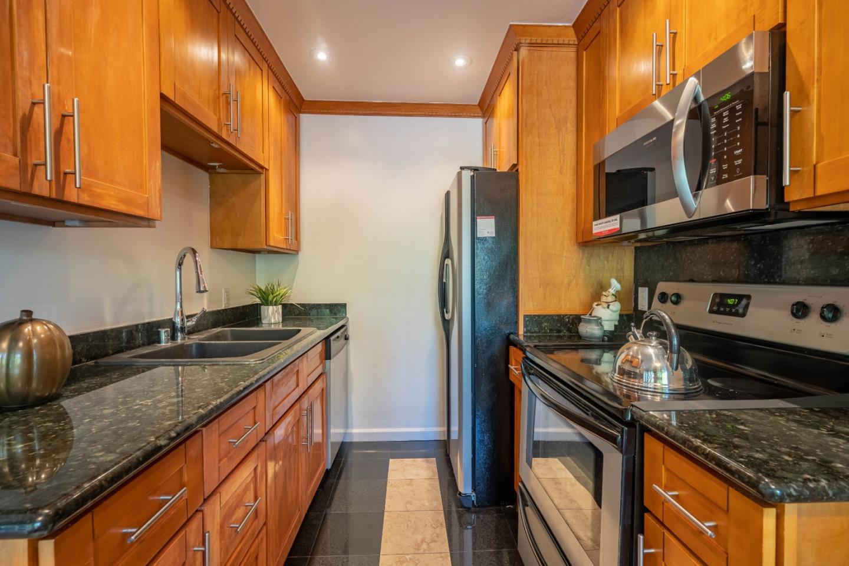 3015 Kaiser Drive Unit H Santa Clara, CA 95051 - MLS #: ML81722363