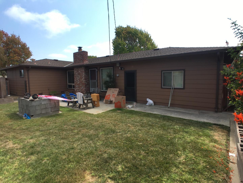 1042 Polk St Salinas Ca 93906 4 Beds 2 Baths