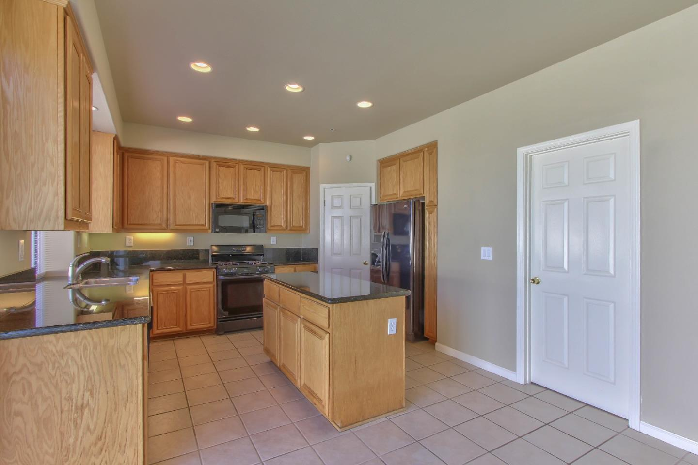 11 Tokay Circle Salinas, CA 93906 - MLS #: ML81722545
