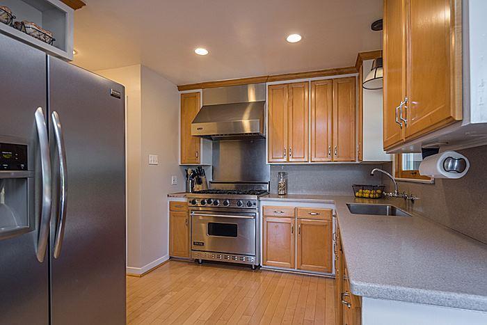 3908 Wilshire Avenue San Mateo, CA 94403 - MLS #: ML81722572