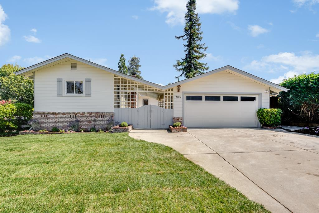 2005 Helena Way Redwood City, CA 94061 - MLS #: ML81722606