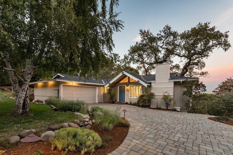 950 La Mesa Drive Portola Valley, CA 94028 - MLS #: ML81722616