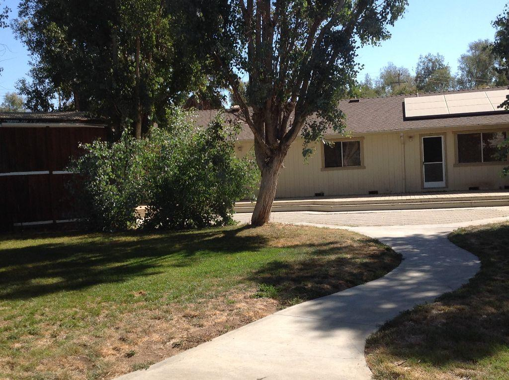 12235 FOOTHILL AVE, SAN MARTIN, CA 95046