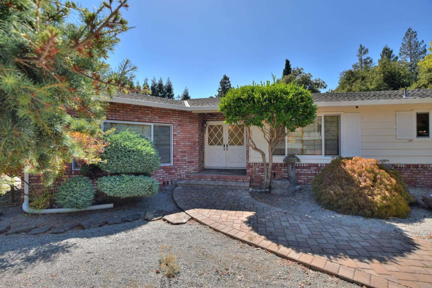 217 Stockbridge Avenue Atherton, CA 94027 - MLS #: ML81723428