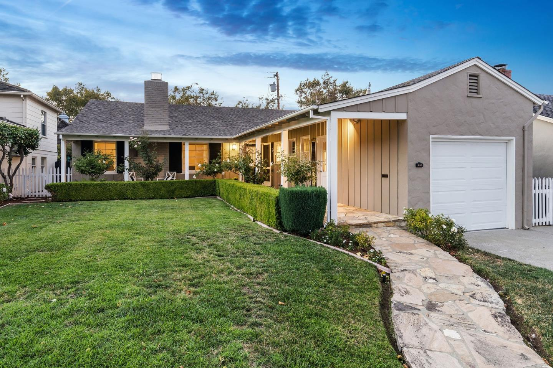 Burlingame Homes for Sale -  Single Story,  632 Vernon WAY