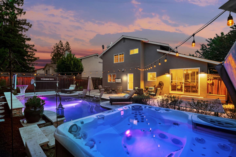 24 Bayport Court San Carlos, CA 94070 - MLS #: ML81723642